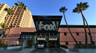 Disney s'est acheté les studio cinéma de la Fox, mais aussi une part majoritaire du service de streaming Hulu et des chaîne de télévision locales.