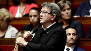Le chef de file des élus LFI, le député Jean-Luc Mélenchon, sur les bancs de l'Assemblée nationale.
