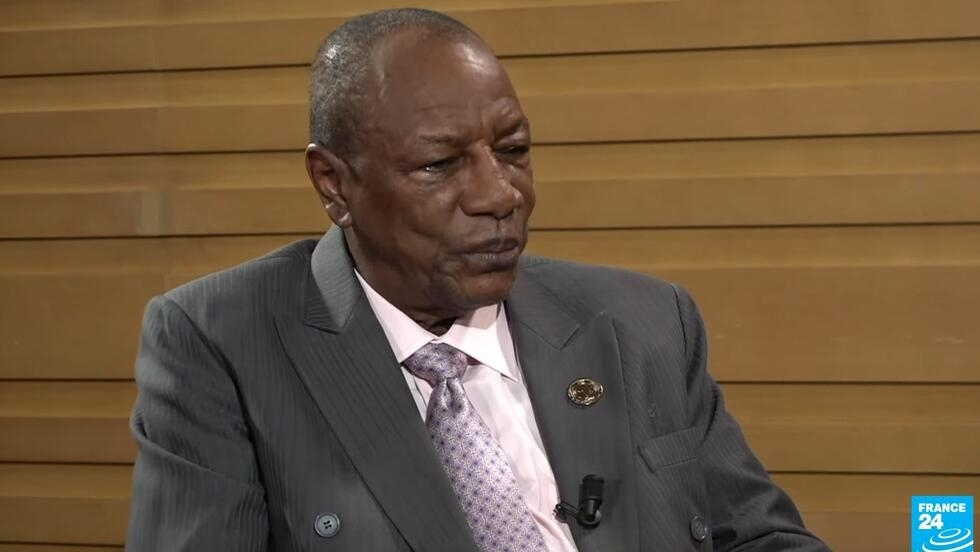 Le président guinéen Alpha Condé répond à France 24 et RFI, en marge du sommet de l'Union africaine à Addis-Abeba, le 10 février 2020.