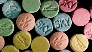 Une centaine de drogues, dont l'ecstasy, ont été temporairement rendues légales par la justice irlandaise.