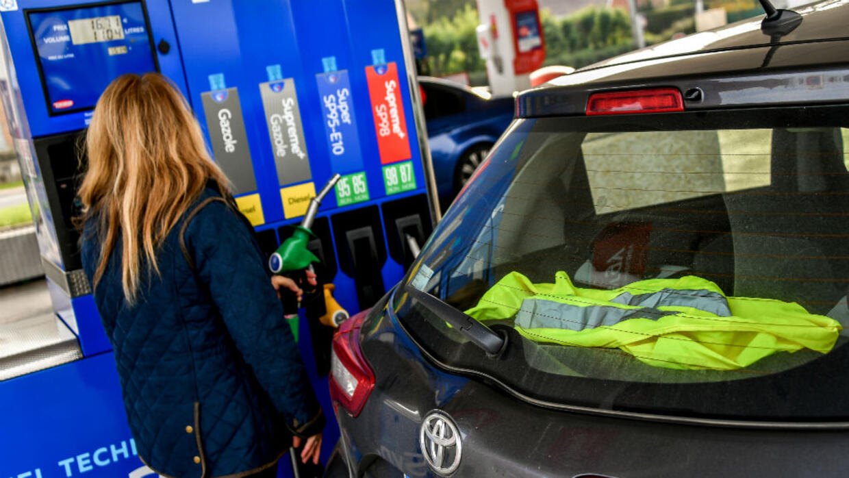 Yellow Vest Movement Unleashes Wave Of Anger Against Fuel