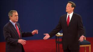 مناظرة تلفزيونية بين جورج بوش الابن وآل غور عام 2000