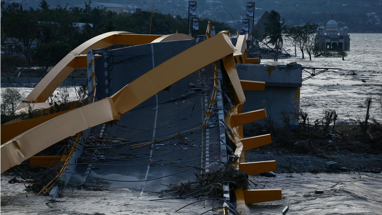 El puente de Ponulele era uno de los icónos de la ciudad de Palu.