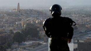 """الشرطة منتشرة في """"غرداية"""" جنوب الجزائر"""