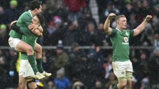 L'Irlande a surclassé l'Angleterre et remporté un troisième grand chelem.