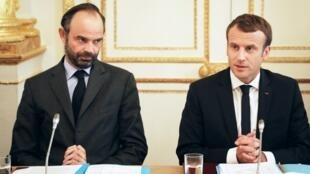 الرئيس الفرنسي إيمانويل ماكرون ورئيس الوزراء إدوار فيليب