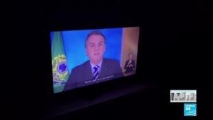 """2020-04-01 09:03 Au Brésil, Bolsonaro reconnaît que le coronavirus est """"le plus grand défi"""" du pays"""