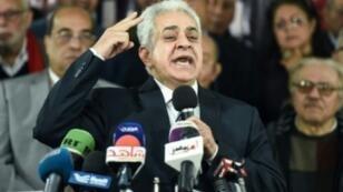 حمدين صباحي خلال المؤتمر الصحفي في القاهرة، 30 كانون الثاني/يناير 2018