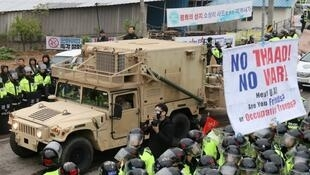 Des sud-coréens avaient protesté contre l'installation du bouclier antimissile américain à Seongju, le 26 avril 2017.