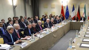 Les négociations internationales sur le nucléaire iranien, qui ont commencé vendredi, se poursuivent mardi 31 mars à Lausanne en Suisse.