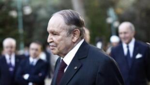 عبد العزيز بوتفليقة وصل إلى السلطة في نيسان/أبريل 1999.