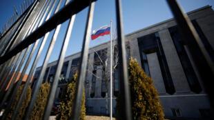 La embajada rusa en Ottawa, Ontario, Canadá, es fotografiada el 26 de marzo de 2018. Canadá también se sumó a la acción diplomática contra Rusia.