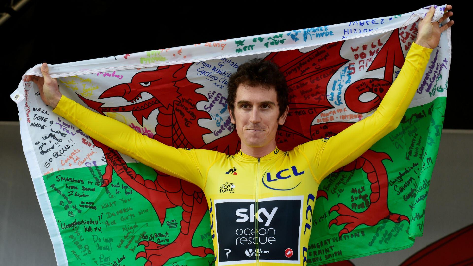 Triple vainqueur du Tour de France et favori à sa propre succession, Christopher Froome passe le flambeau à un autre Britannique. Son coéquipier de la Sky, le Gallois Geraint Thomas est étincelant sur les routes de France, et remporte logiquement sa toute première Grande Boucle.