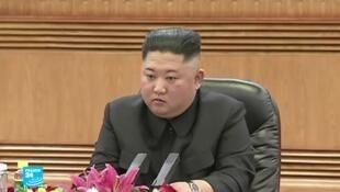 رئيس كوريا الشمالية كيم جونغ أون