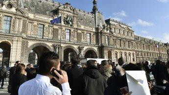 Louvre attack: visitors shaken but unscathed