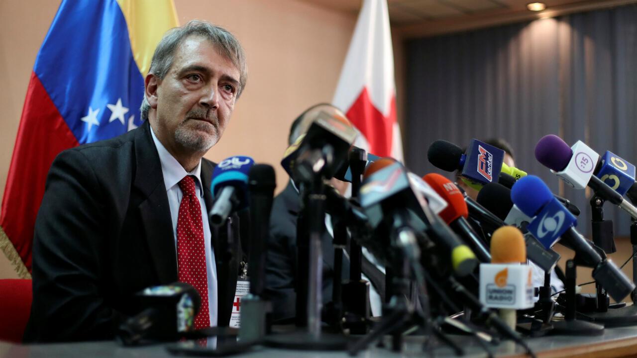 Francesco Rocca, presidente de la Federación Internacional de la Cruz Roja anunció el 29 de marzo que el organismo contará con condiciones técnicas y legales para llevar ayuda humanitaria en Venezuela