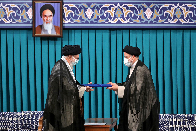 iran-ebrahim-raissi-ali-khamenei