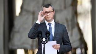 Le secrétaire général de l'Élysée Alexis Kohler annonce la composition du gouvernement, le 17 mai 2017.