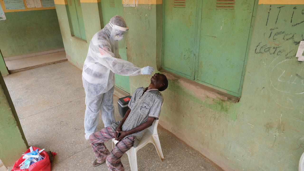 Covid-19: More than 400 acts of violence against health workers in 2020