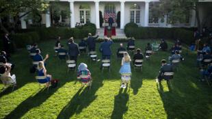 الرئيس الأميركي دونالد ترامب خلال مؤتمره الصحافي في حديقة البيت الابيض في 14 تموز/يوليو 2020.