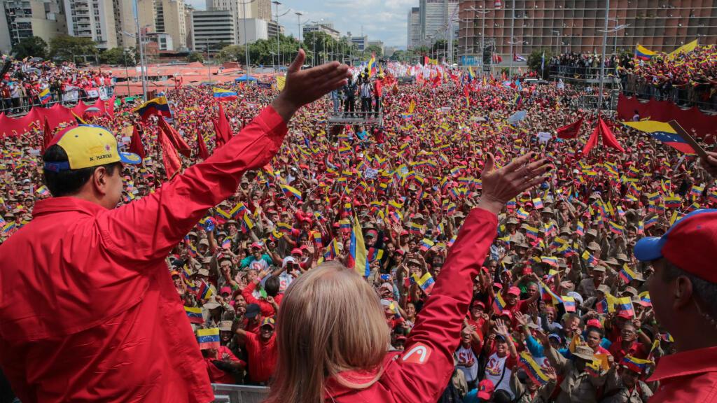 Concentración de simpatizantes de Nicolás Maduro reunidos en la avenida Bolívar, una calle emblemática del chavismo en Caracas, Venezuela. El 2 de febrero de 2019.
