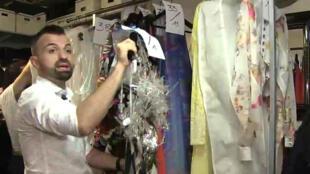 """Le créateur français Julien Fournié prépare son premier défilé avec le label """"Haute couture""""."""