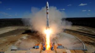Une fusée russe Soyouz décolle dans l'Extrême-Orient russe, jeudi 28 avril, depuis le nouveau cosmodrome Vostotchny.