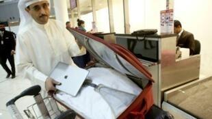 مطار دبي يستقبل أكبر عدد من المسافرين في العالم.