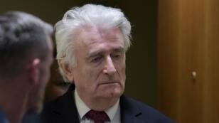 El exlíder serbobosnio Radovan Karadzic, fue condenado a cadena perpetua tras una apelación del fallo inicial cuya sentencia era de 40 años el 20 de marzo de 2019