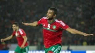 المغربي أيوب الكعبي يحتفل بتسجيل هدف في مرمى ليبيا ضمن نصف نهائي بطولة أمم أفريقيا للمحليين، في 31 كانون الثاني/يناير 2018.