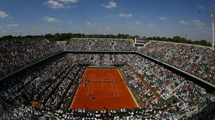 Rafael Nadal ne dépasse pas les quarts de finale de Roland-Garros, qu'il a pourtant remporté à neuf reprises.