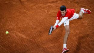 Le Serbe Novak Djokovic lors de sa finale de Roland-Garros face à l'Espagnol Rafael Nadal, le 11 octobre 2020