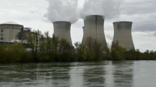 مفاعل نووي فرنسي في منطقة إين