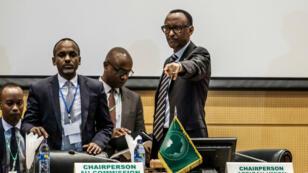 L'Union africaine a demandé le 17 janvier que la proclamation des résultats définitifs soit reportée.