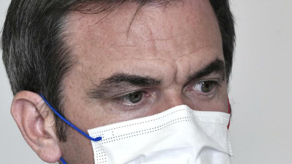 Hôpital : Olivier Véran annonce une hausse de salaire et une prime pour les sages-femmes dès janvier