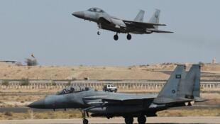 طائرات سعودية.