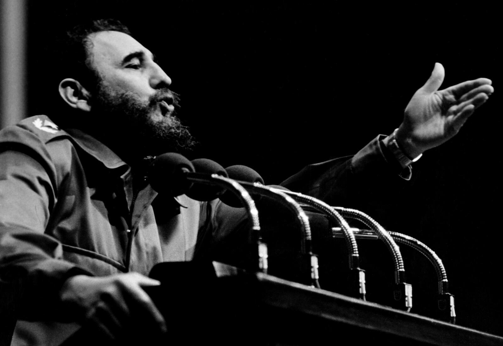Fidel Castro, le père de la révolution cubaine, qui a dirigé son pays d'une main de fer et défié la superpuissance américaine pendant plus d'un demi-siècle a rendu les armes le 25 novembre 2016.
