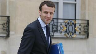 """L'énarque de 38 ans a promis que sa """"priorité aujourd'hui"""" n'était pas l'élection présidentielle de 2017."""