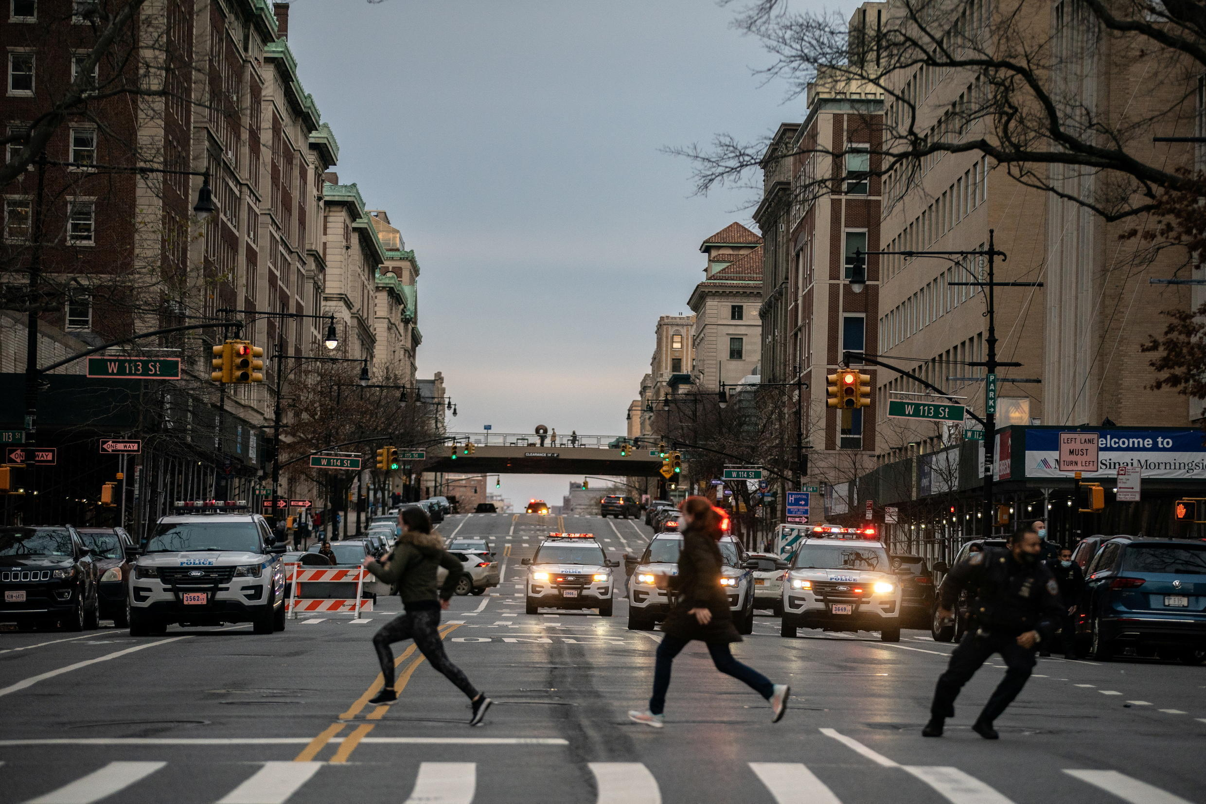 Gunman shot by police at NYC cathedral Christmas concert