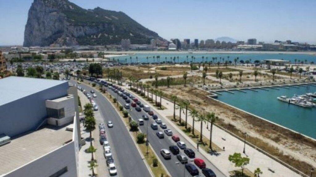 صورة لجبل طارق ملتقطة من إسبانيا
