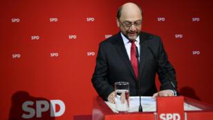 Martin Schulz, président du SPD, après la défaite de son parti aux législatives partielles dans la Sarre, le 26 mars 2017.