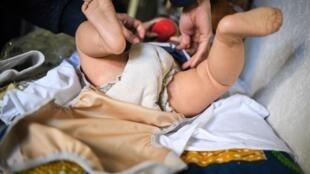 La durée du congé pour unpère - ou le second parent - d'un enfant à naître ou adopté passera de 14 à 28 jours, dont 7 obligatoires