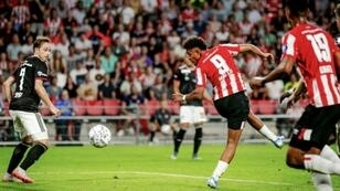 Donyell Malen's injury time goal sees PSV past Basel