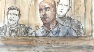 Le braqueur Redoine Faïd, qui avait défrayé la chronique avec deux évasions de prison spectaculaires, a été condamné vendredi en appel à 28 ans de réclusion criminelle.