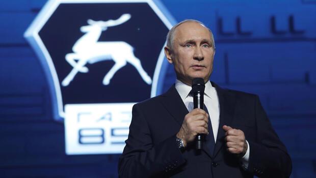 Vladimir Putin mientras hacía el anuncio de su candidatura en la ciudad Nizhny Novgorod