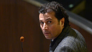 Le capitaine du Costa Concordia, Francesco Schettino, lors de son procès en première instance le 11 février 2015 à Grosseto, en Italie.