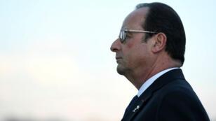 François Hollande doit se déclarer à la primaire de la gauche avant le 15 décembre 2016.