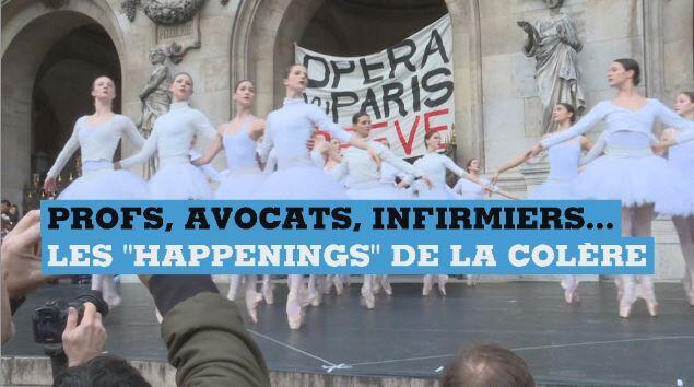 """Des ballerines de l'Opéra de Paris exécutant quelques pas du """"Lac des Cygnes"""" sur le parvis du palais Garnier, à la veille de Noël."""