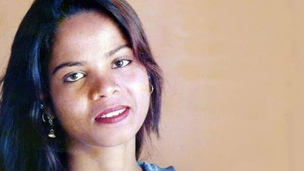 آسيا بيبي حكم عليها بالإعدام في 2010 في ما أصبح أبرز قضية تجديف عرفتها باكستان.
