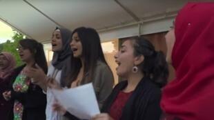 فتيات في مخيم بأمريكا يجمع لأسبوعين مراهقات فلسطينيات وإسرائيليات لخلق التقارب بينهن